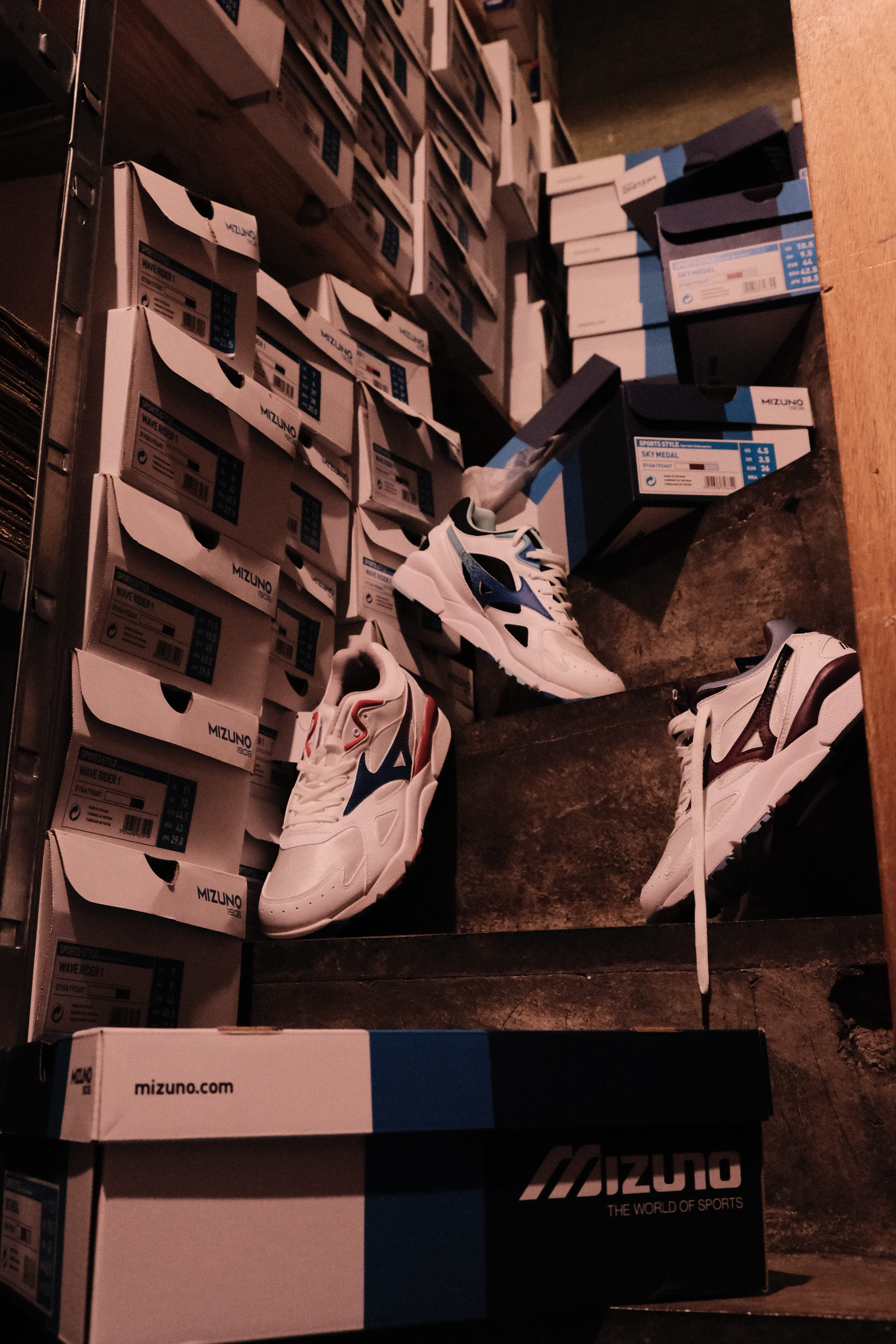 Mizuno-Sky-Medal-OG-Pack-La-Boite-Collector-Sneakers-Shop-Lille-France22